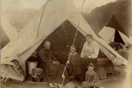 How the bell tent came to be